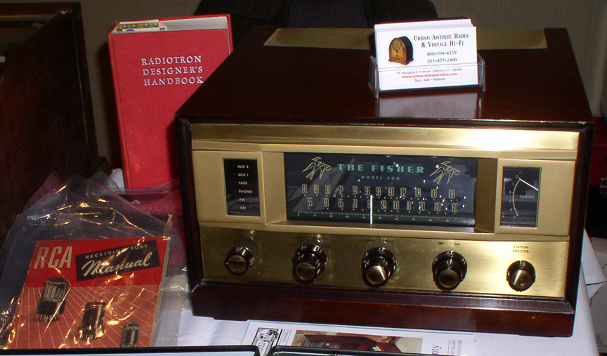 The Fisher Model 500 http://www.urban-antiqueradio.com/Vintage.HiFi/Vintage.HiFi.html